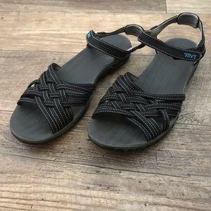 Teva Holoa Sandals in Black, Size 8.5